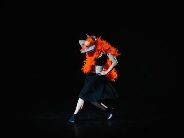 basma curata este un spectacol de dans contemporan inspirat de basmele si povestile copilariei. Coregrafia este semnata de arcadie rusu.
